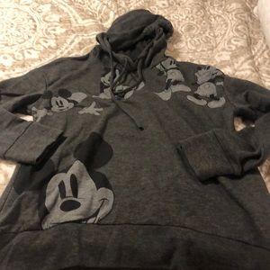Women's medium Disney sweat shirt